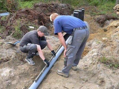 Монтаж канализационных ПВХ труб