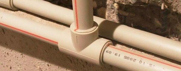 На фото: чтобы соединения были долговечными, важно обеспечить оптимальные условия в процессе проведения работ