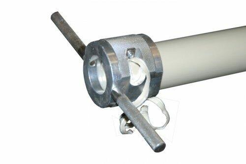 На фото: зачистной инструмент для полипропиленовых труб очень прост, и освоить его не составит большого труда