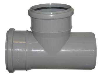 Простейшая пластиковая фурнитура для канализационных систем, требующая совмещения под прямым углом
