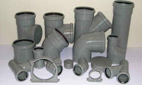 Широкий ассортимент всевозможных пластиковых фитингов позволяет создание самых сложных вентиляционных и канализационных систем