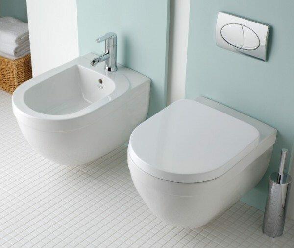 Система двойного слива экономит воду и уменьшает количество конденсата.