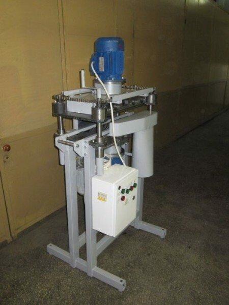 Станок для зачистки профильной трубы позволит проводить работы очень быстро и качественно