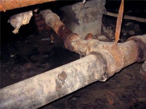Старые канализационные трубы